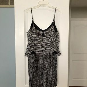Old Navy Pants - NWT old navy romper